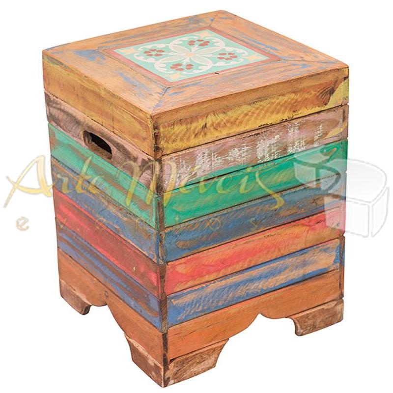 Pufe caixote colorido 0,35 x 0,35 x 0,45