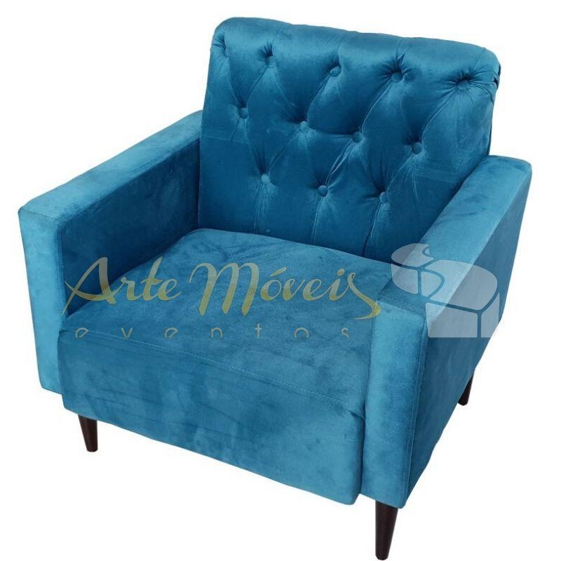 Poltrona Captonê azul em veludo
